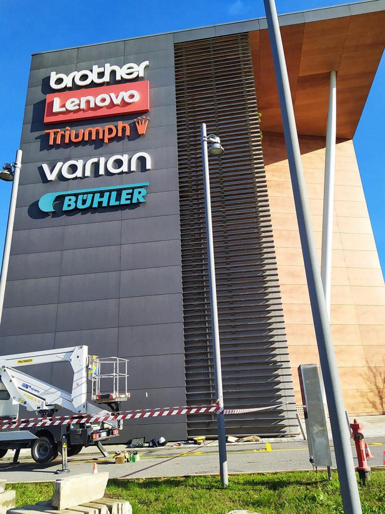 Elbo Signs Realizations Varian Milan